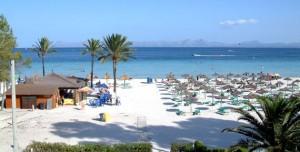puerto de alcudia strand