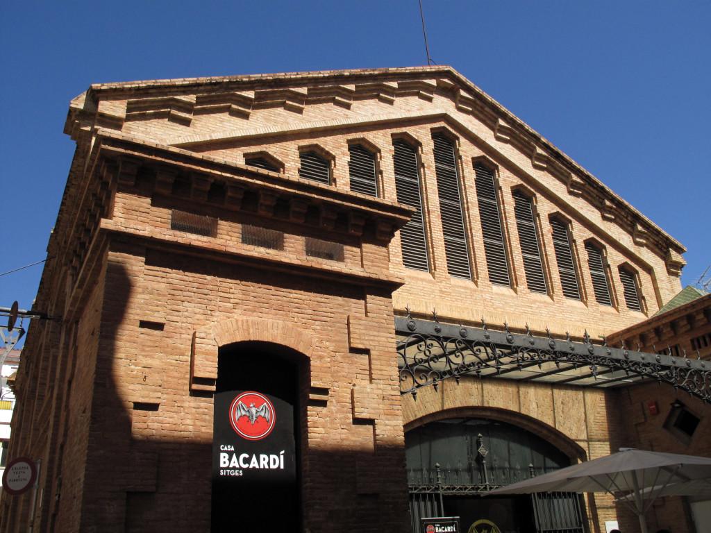 48_Casa_Bacardí,_antic_mercat_de_Sitges