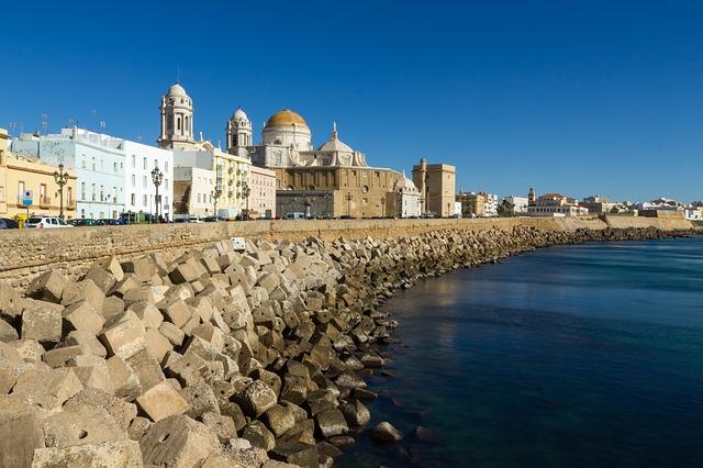De schone havenstad Cádiz
